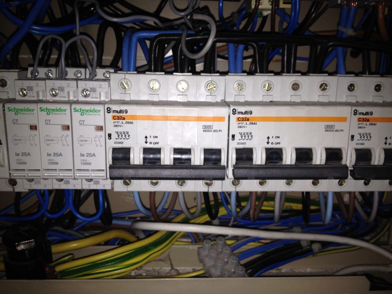 Presupuesto cambiar instalacion electrica online precio for Alargador electrico 50 metros