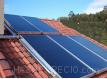 Panel solar de alta selectividad Daikin de 2,6 m2 de superficie bruta EKSV26P,y apoyo producción de agua caliente sanitaria mediante módulo de producción instantánea.