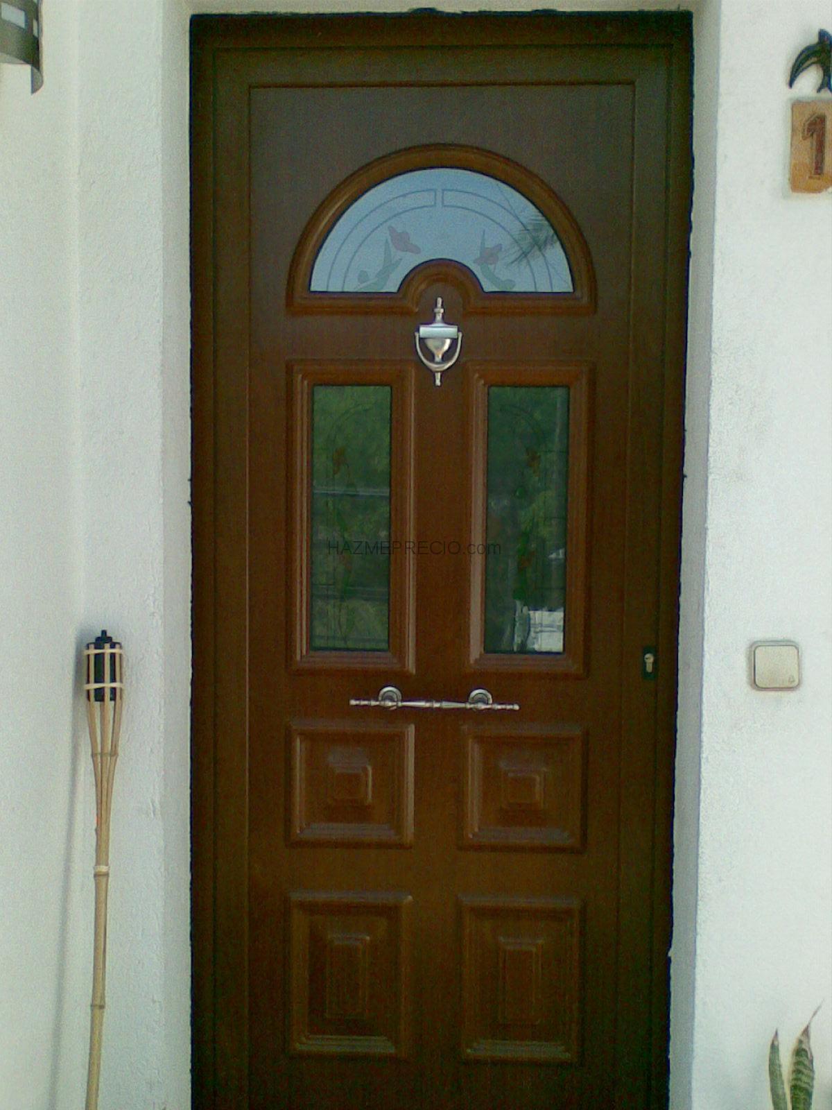 Empresas de ventanas for Porticones madera exteriores