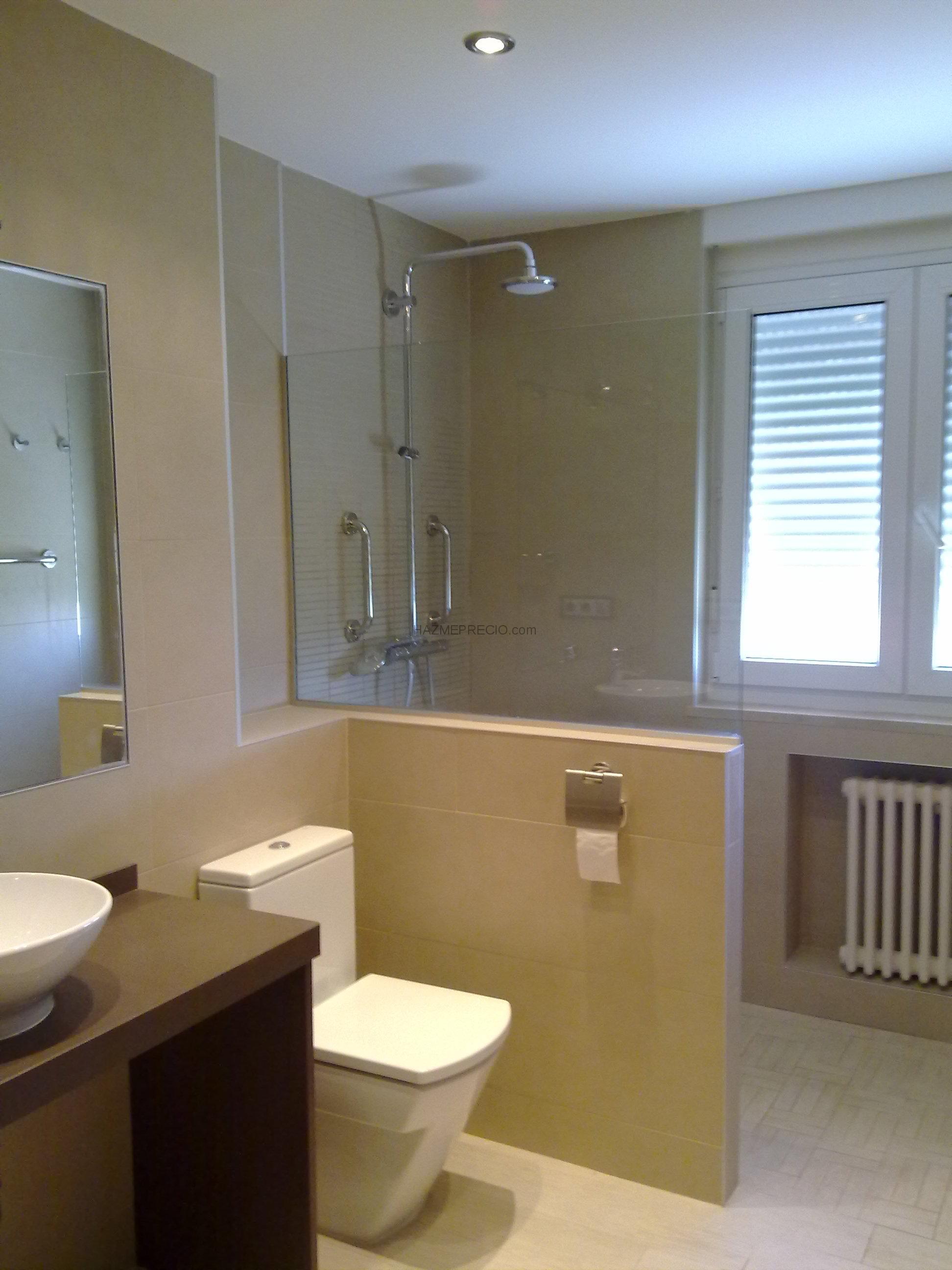 Baños Modernos Marmol:Bano moderno imitacion marmol