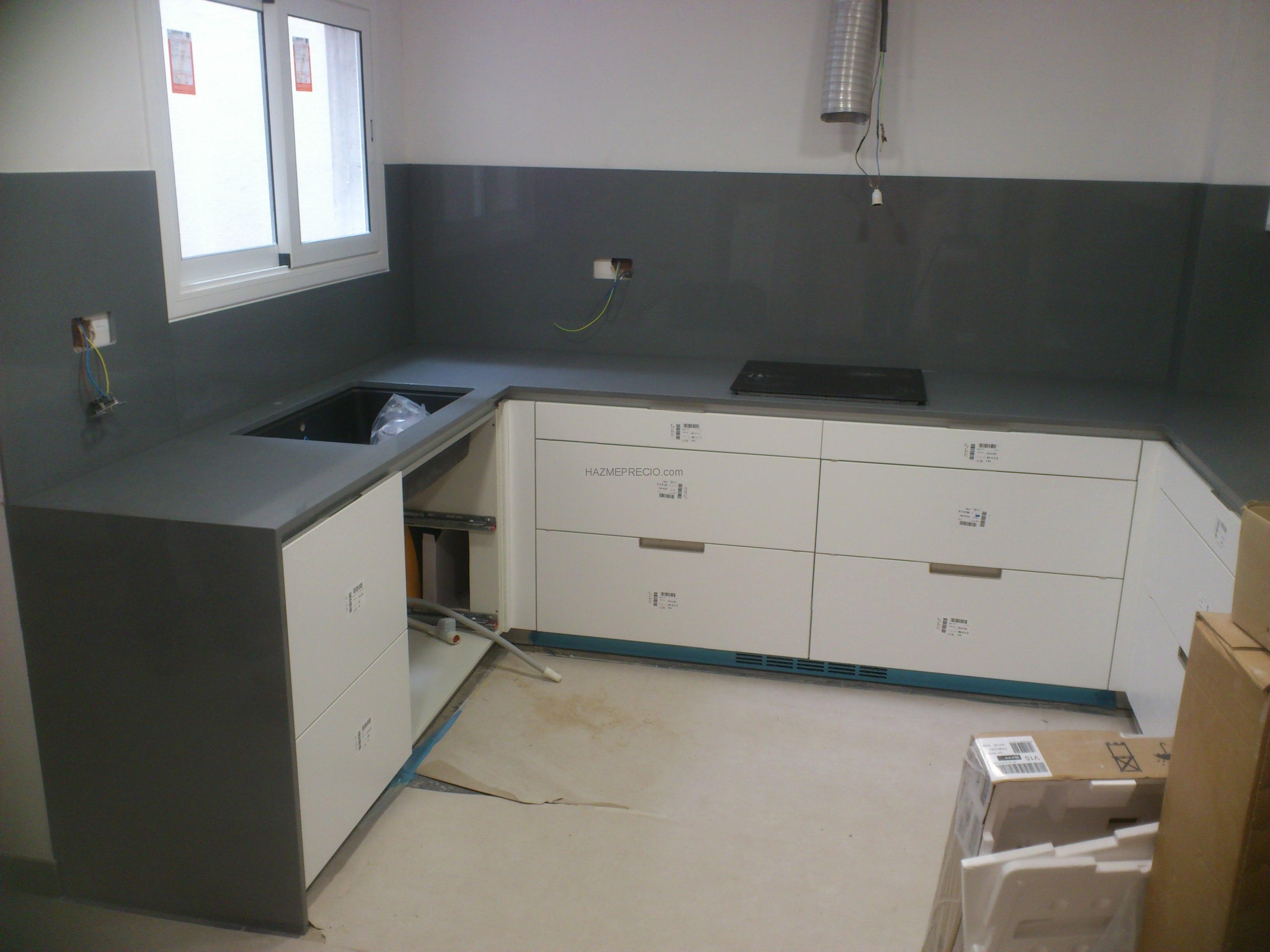 Presupuesto para instalar silestone en la cocina for Silestone precio m2