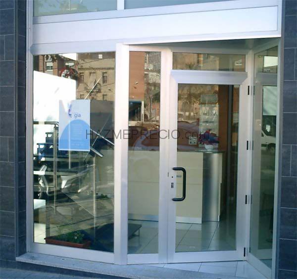 Presupuesto para instalar pared de cristal con puerta for Presupuesto puerta aluminio
