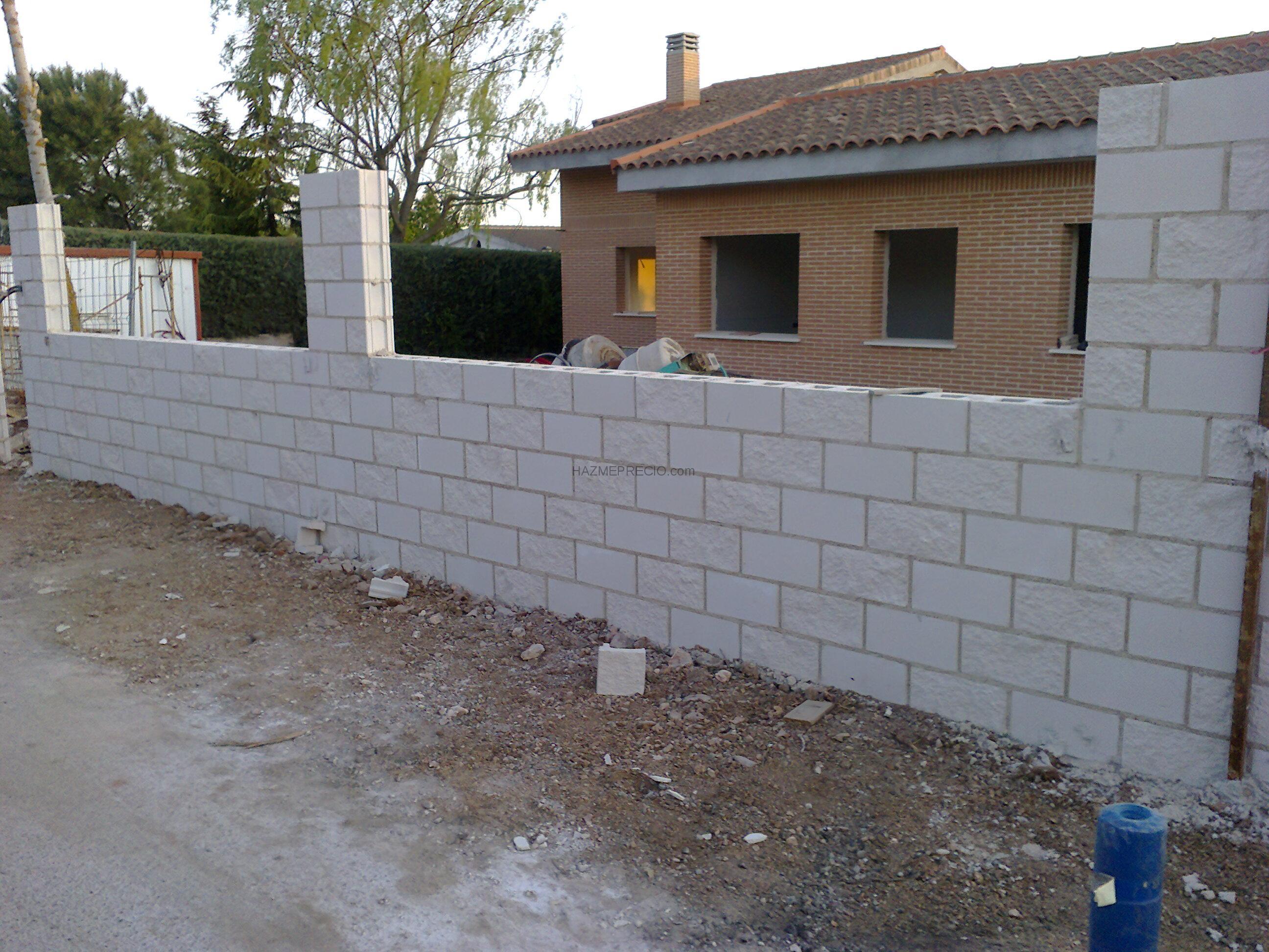 Reformas sella2 28032 madrid madrid - Muro de bloques ...