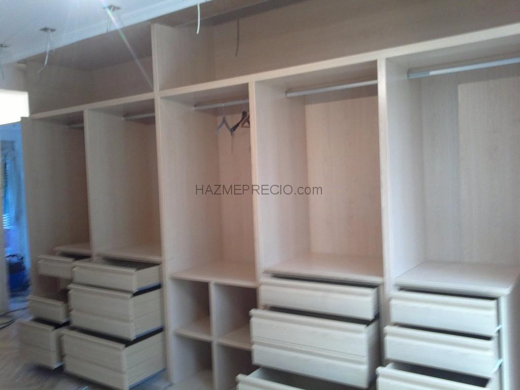 Casas cocinas mueble modulos de armarios empotrados for Armarios sin puertas leroy merlin