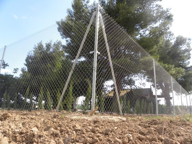 Presupuesto para vallar una parcela de 4200 m2 valencia - Vallas para parcelas ...