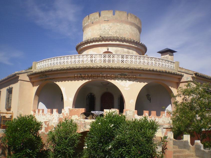 Presupuesto para reparar y pintar fachada casa adosada en dos colores palmas de gran canaria - Presupuesto pintar casa ...