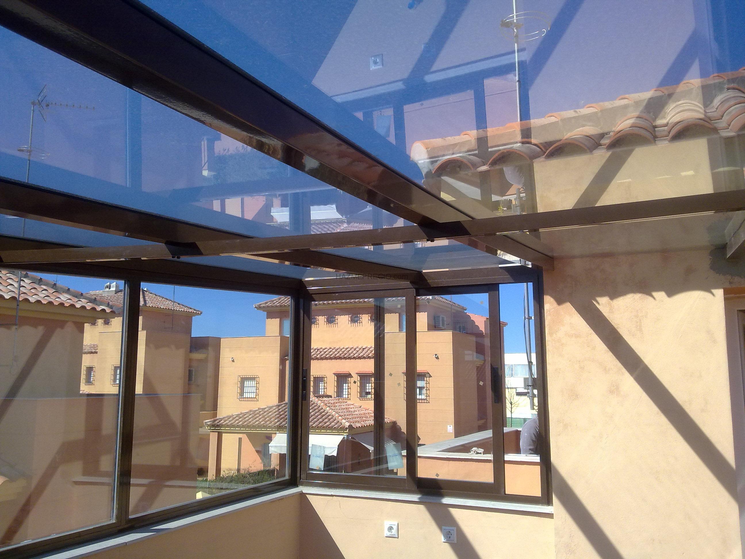 Trabajos de varias reformas en vivienda unifamiliar for Cerramiento aluminio terraza