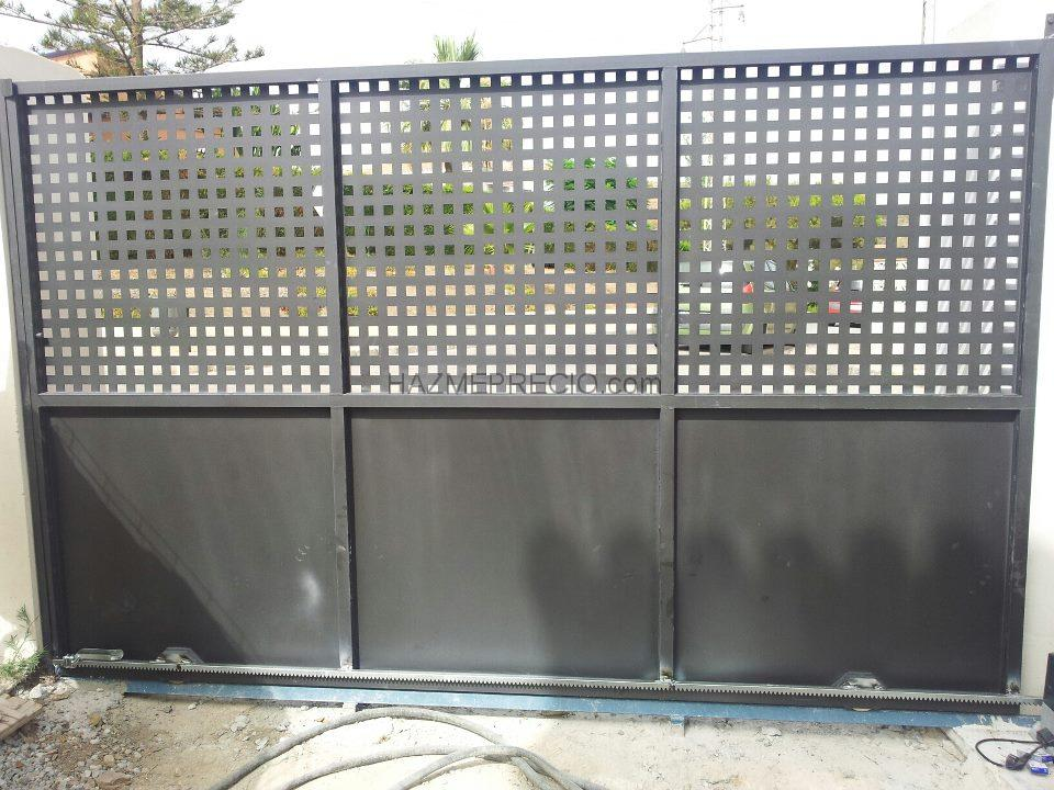Hierros y aluminios medina 29719 v lez m laga malaga for Puertas metalicas malaga