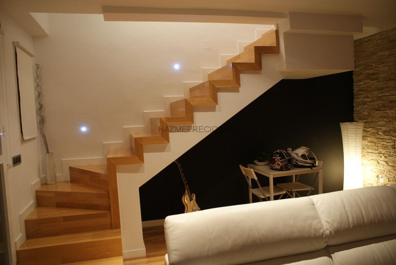 Instalaci n de escalera en tarima flotante multicapa por for Escaleras de parquet