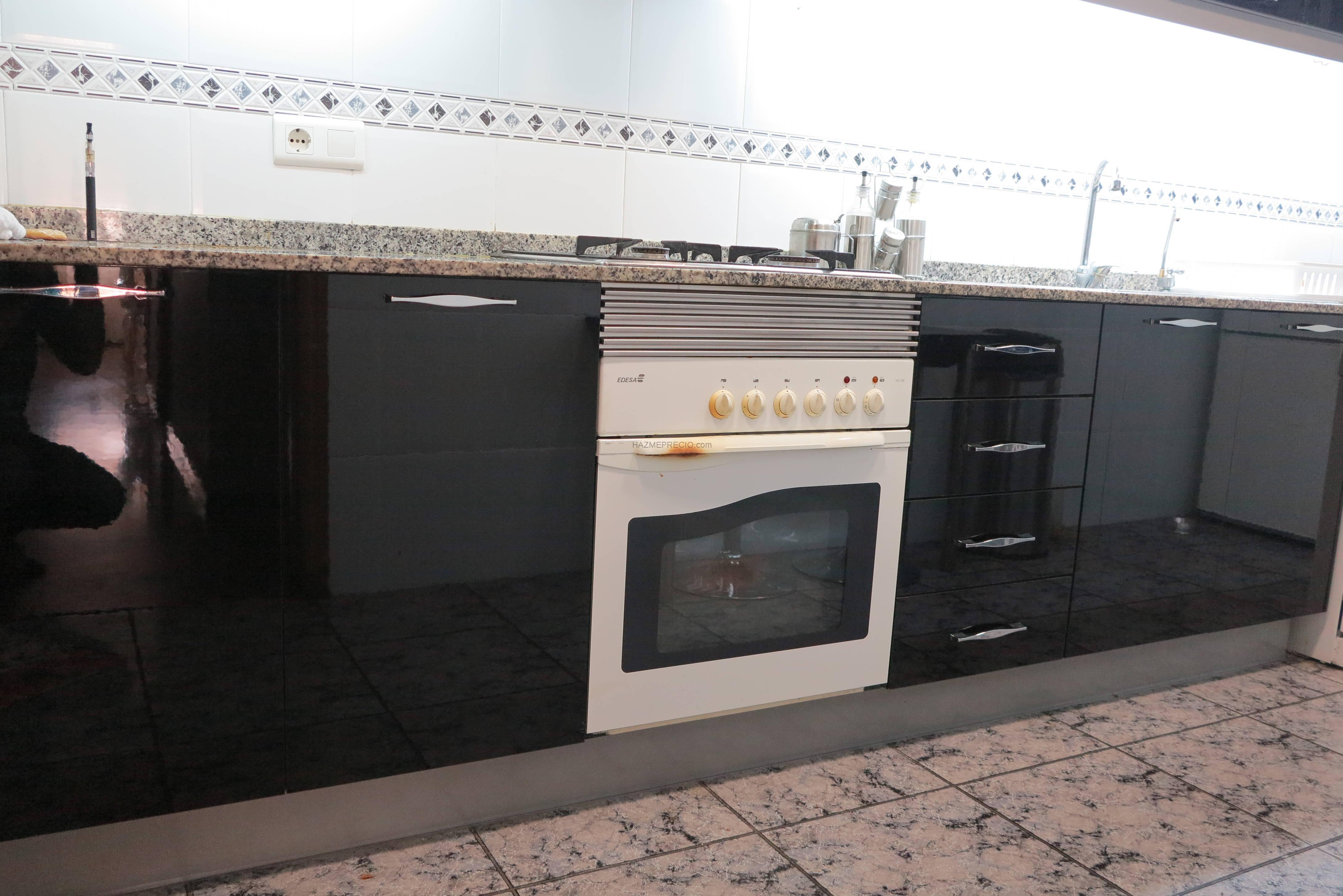 Cambiar puertas muebles de cocina quart de poblet for Modulos de cocina precios