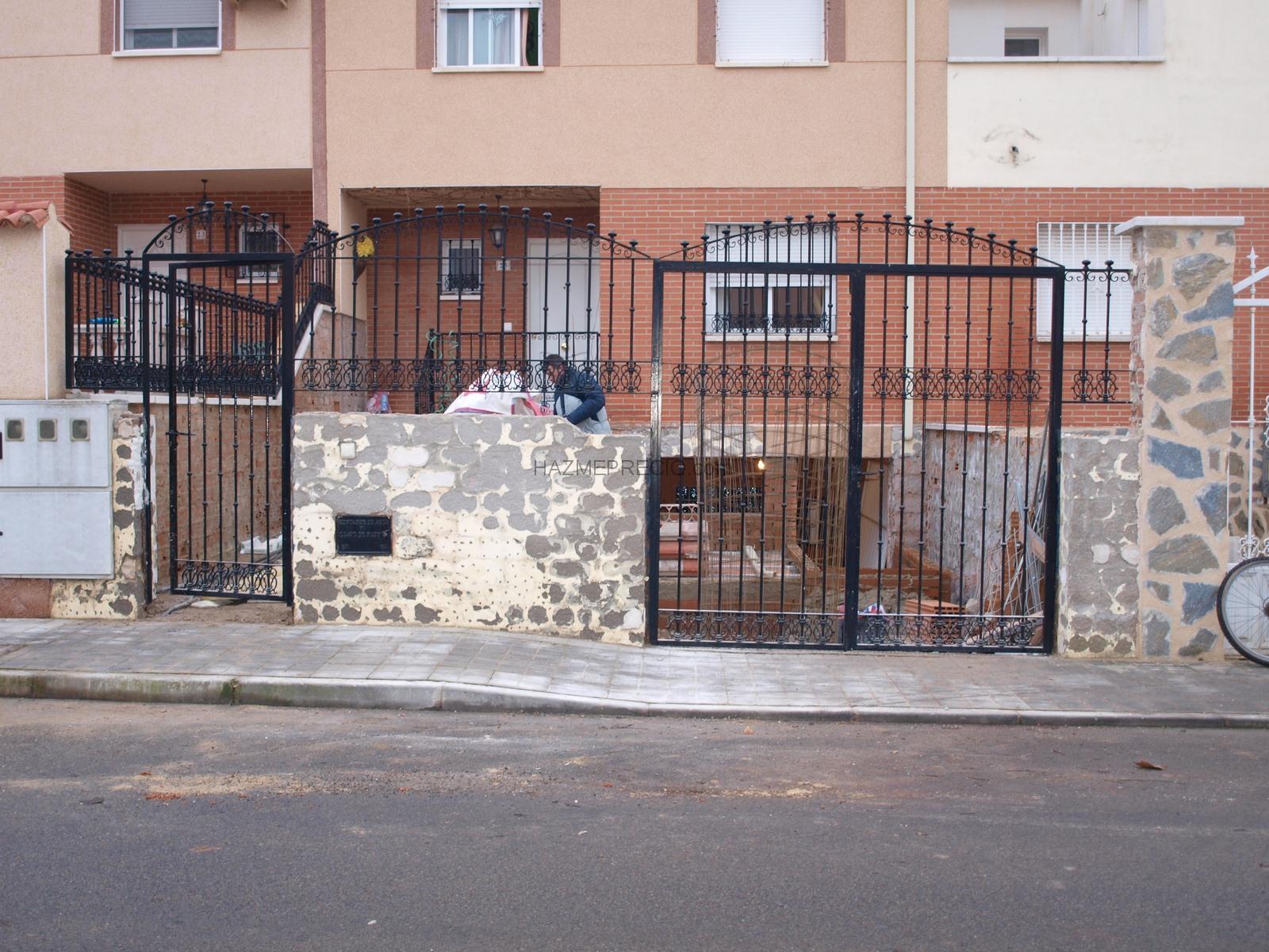 Rahabilitacion de fachada en ladrillo visto rustico con - Fachadas ladrillo rustico ...