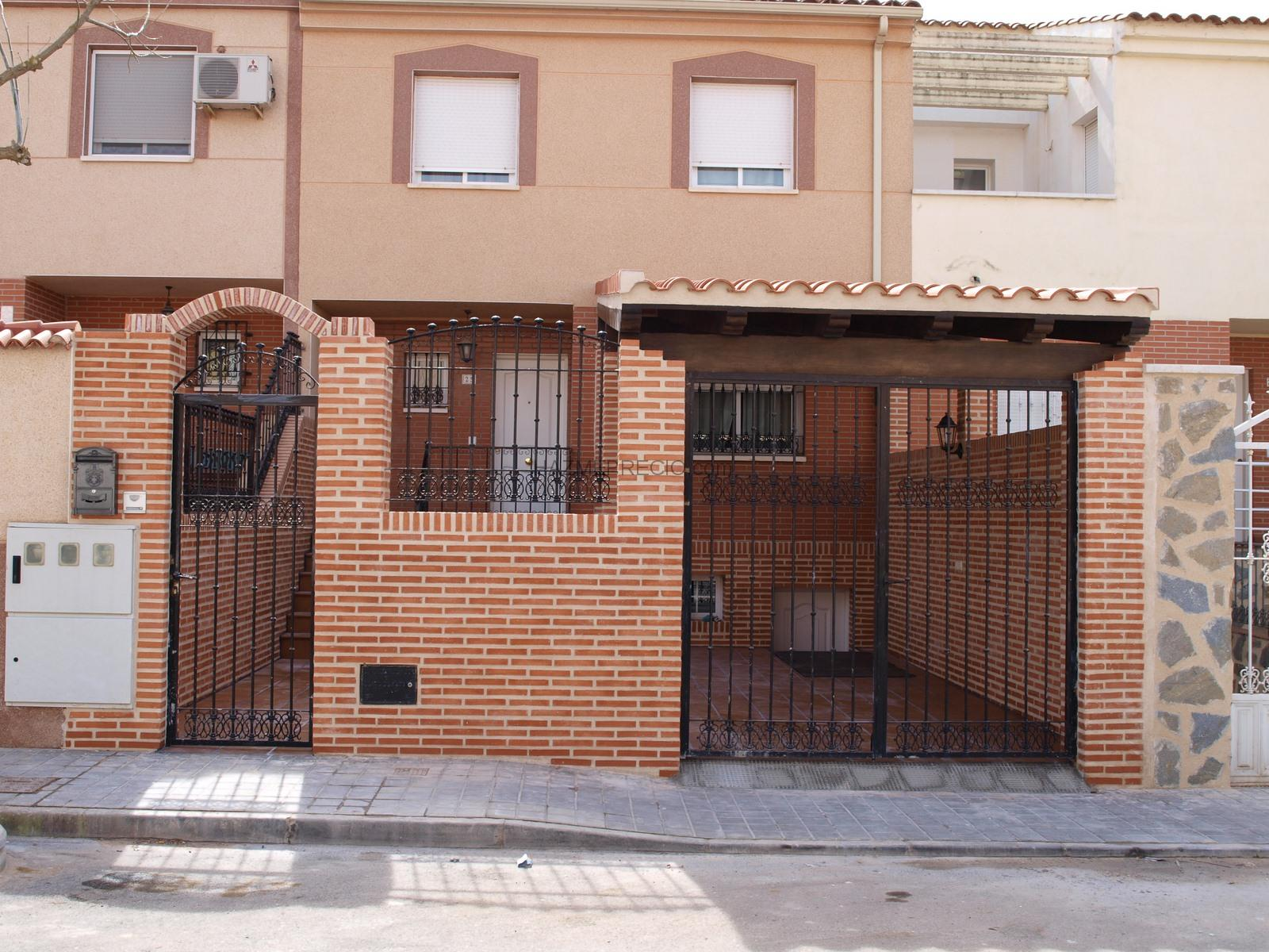 1000 images about fachada on pinterest gates automatic gate and driveway gate - Fachada ladrillo visto ...