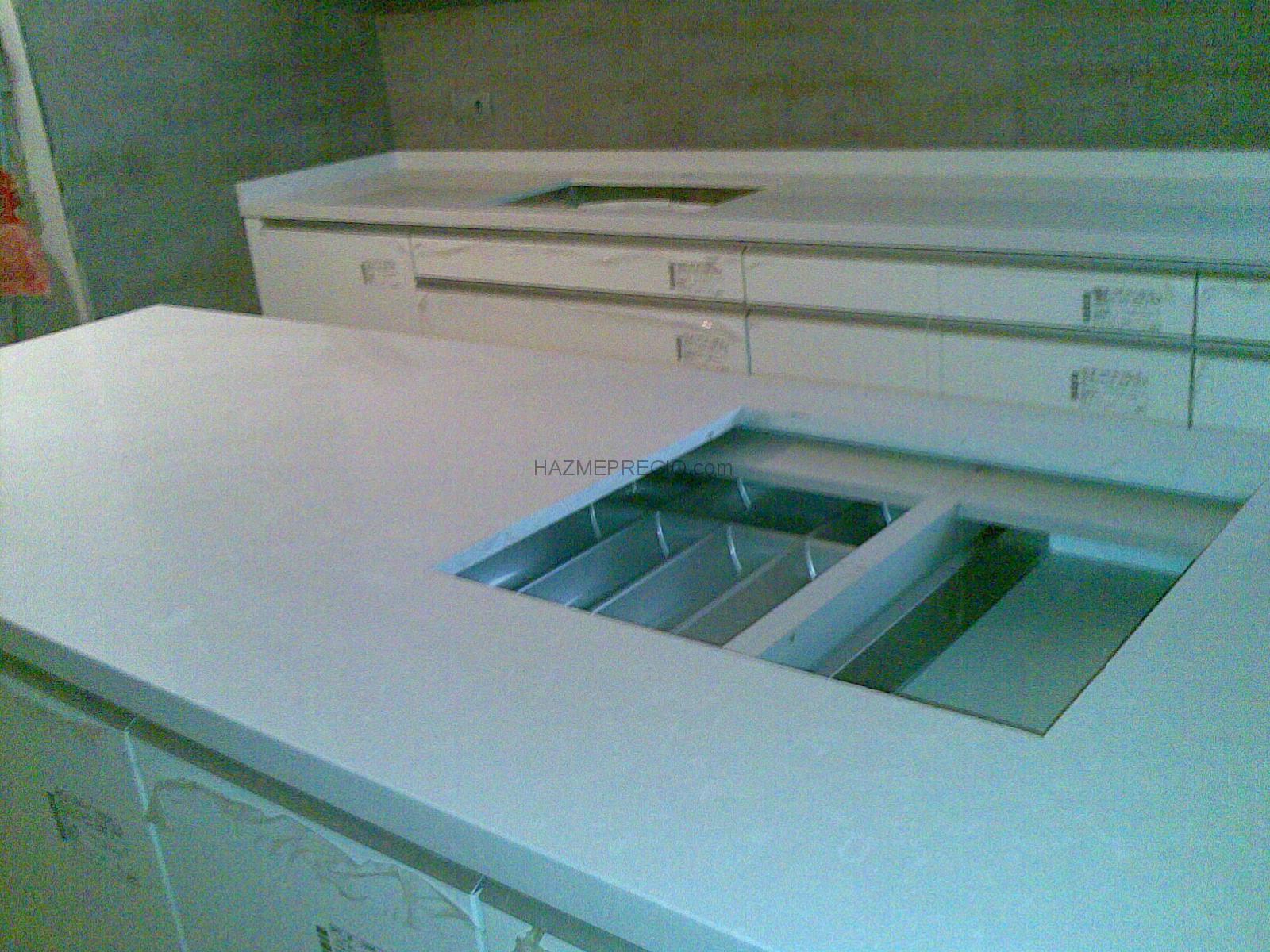 Bancada cocina en quarzo compac blanco absoluto - Bancadas de cocina ...