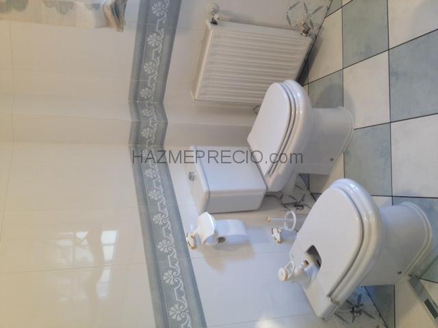 Reformas Baños Alcala De Henares:Reforma de solados y alicatados en un baño
