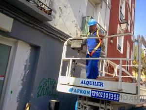 REVESTIMIENTO DE FACHADA EN CALLE COSO-ZARAGOZA