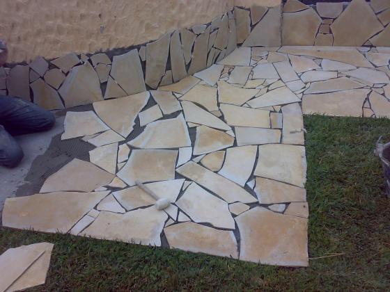 Trabajo con piedra natural piedra natural Solnhofen sellado con un Lodos inclusiva flexibles