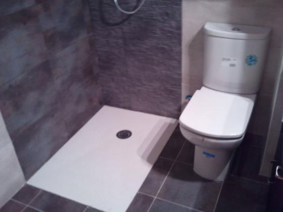Reformas completas de baños cocinas , fontaneria etc ...