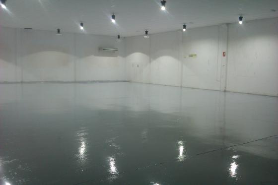 SUELO EPOXI CENTRO COMERCIAL