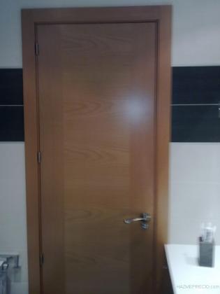 puerta baño en roble