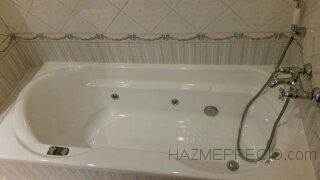 Bañera de fibra restaurada