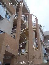 Escalera exterior en apartamentos