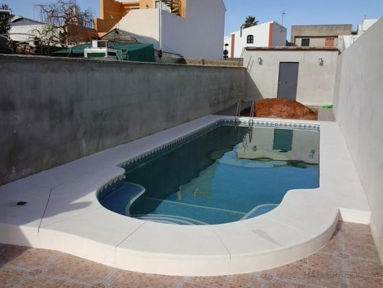 Piscinas kaelia 41809 albaida del aljarafe sevilla for Construccion de piscinas en sevilla