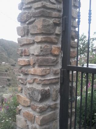 pilar rustico