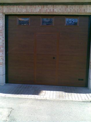 Puertas de garaje seccionables, enrrollables, etc..