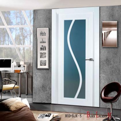 puerta vidriera división en s