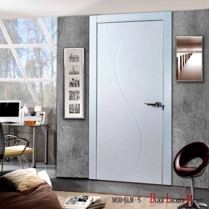 puerta lacada diseño central
