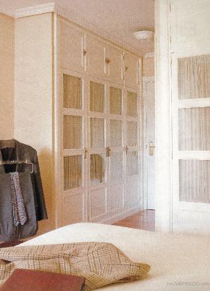 Muebles paco santacreu 28821 coslada madrid for Cortinas para armarios empotrados