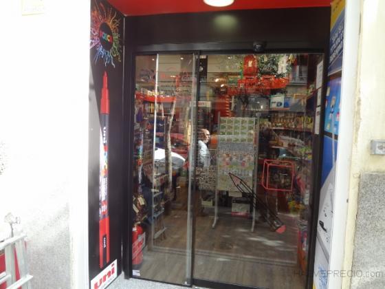 PUERTA CORREDERA CRISTAL CON FIJO COMERCIO