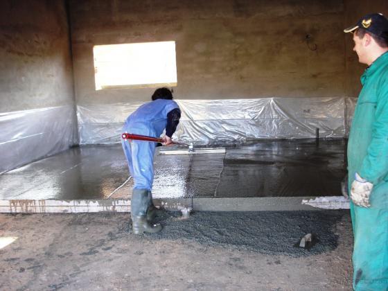 Construcción de suelo de hormigón impreso