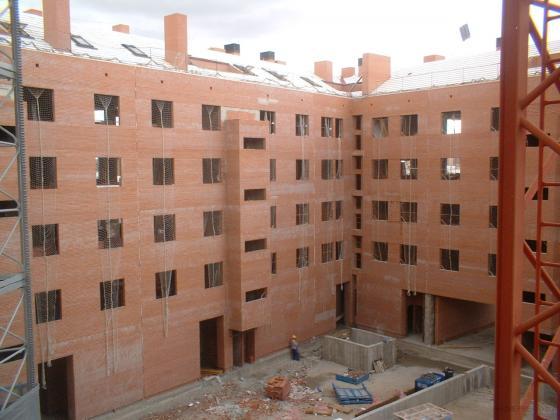 Edificio de viviendas en Alcalá de Henares