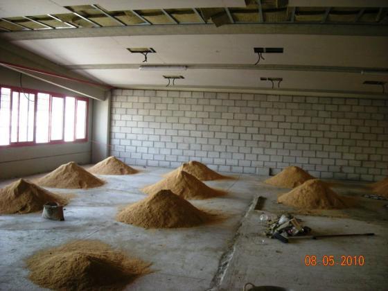 Preparación suelo para tarima. Antes
