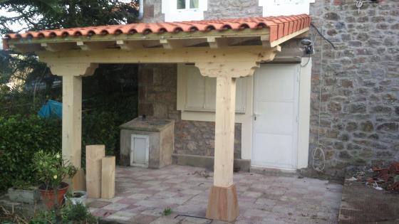 Reparación de fachada de piedra y porche de madera en Guriezo Cantabria  Feinco SL