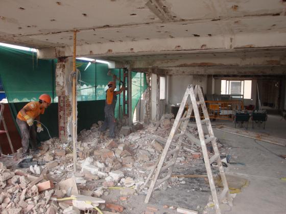 Demolicion integral piso centro de Murcia