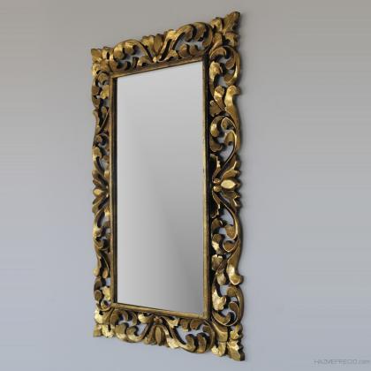 Espejo en madera natural elaborado a mano en oro envejecido . 80x120 a un precio de 120€