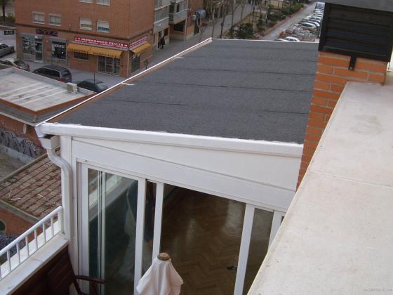 Cerramiento con techo ciego.