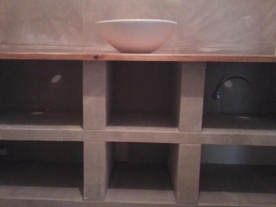 Mueble de baño mampostería. Reformas Campo de Gibraltar.