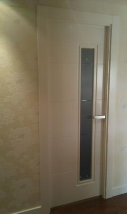 Puerta lacada en blanco.