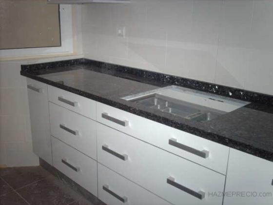 azulejado y montaje mobiliario de cocina