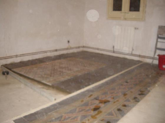 Embaldosar suelo-baldosas hidraulicas antiguas