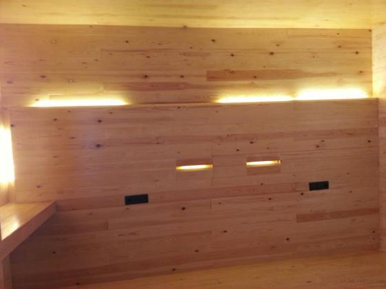 instalación interior vestuario de madera