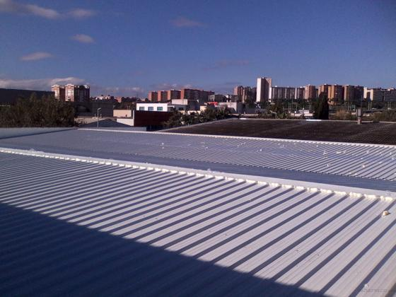 Cubierta industrial en chapa + aislamiento termico