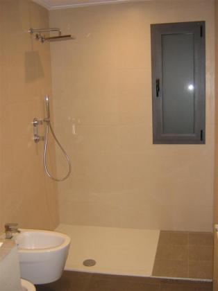 Detalle baño construcción vivienda Anna-01