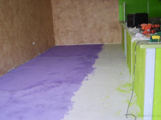Microcemento en piso y barra