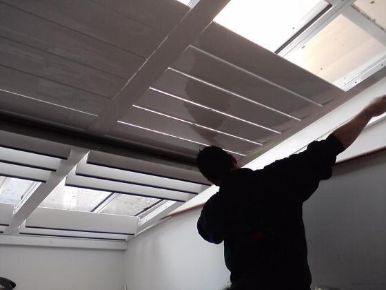 Espai 21 tienda novaforma 08013 barcelona barcelona for Lamas aluminio techo