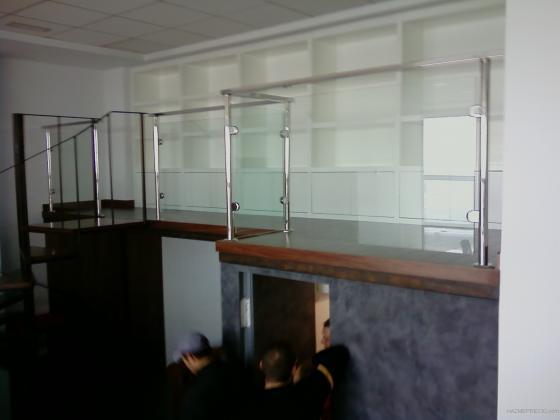 acero y cristal,oficinas de frenos sanchez ,