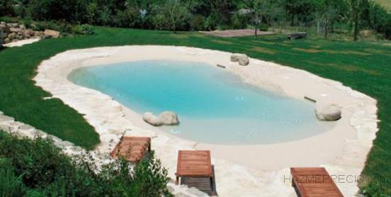 Artic ocean pools piscinas aop 08410 vilanova del for Piscina santa perpetua